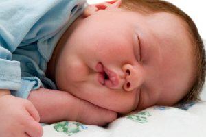 HD Wallpaper of Cute Baby Sleeping