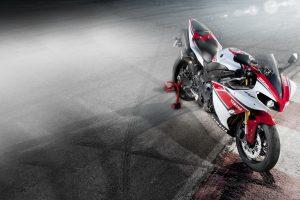 Yamaha Yzf R1 Bike HD Photo