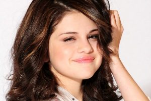 Selena Gomez Full Screen HD Wallpapers HD Wallpaper Download For Android Mobile Wallpapers HD For I Phone Six Free Download