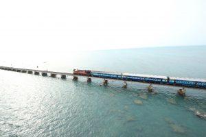 Beautiful Rameshwaram Train Bridge in Sea