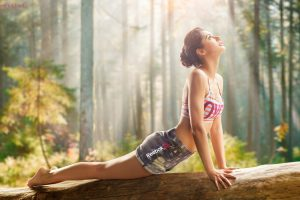 Nargis Fakhri Doing Exercise Photo