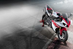 Yamaha Yzf R1 Bike HD Photo