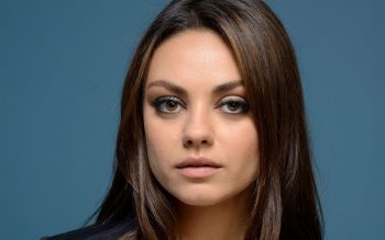Beautiful American Actress Mila Kunis