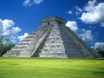 Chichen Itza Wonders in Mexico Tourist Place Photo
