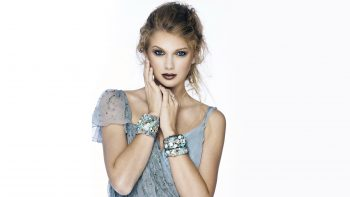 Taylor Swift Beautiful