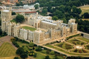 Windsor Castle Royal Residence in UK Point of Interest HD