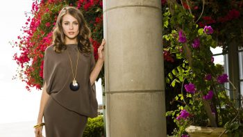 Actress Willa Holland 3D Wallpaper Download