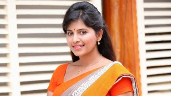 Heroine Anjali In Saree