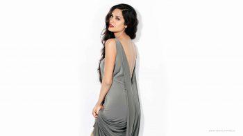 Indian Actress Esha Gupta