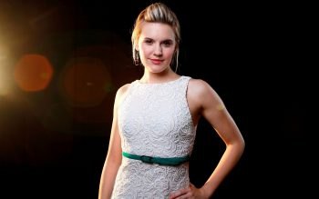Maggie Grace  HD Wallpapers For Android 3D HD Wallpapers HD Wallpaper Download For Android MobileCreative HD Wallpapers For Mobile
