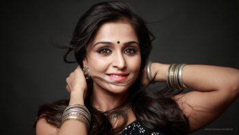 Ramya Nambeesan Mallu Actress