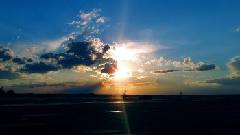 Airport Sunset HD Wallpapers For Android