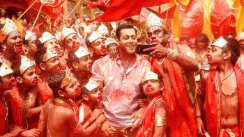 Salman Bajrangi Bhaijaan Selfie Le Le Re 3D HD Wallpaper Download Wallpapers