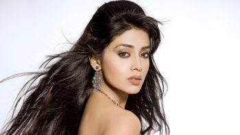 Shriya Saran Latest 3D HD Wallpaper Download Wallpapers