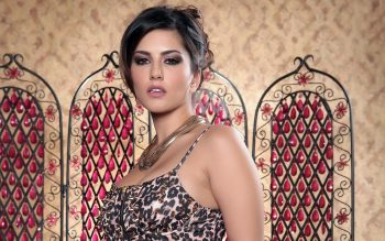 Sunny Leone Bollywood Wallpaper Image