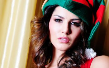 Sunny Leone Indian Actress Wallpaper For Mobile