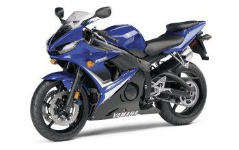 Yamaha R S
