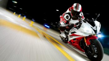 Yamaha Yzfr Race