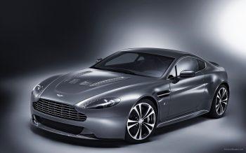 Aston Martin V12 Vantage 2 Download Full HD Wallpaper