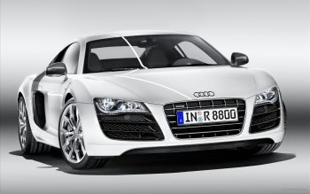 Audi R8 V10 Download Full HD Wallpaper