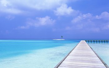 Blue Sky Blue Water HD Nice Wallpaper