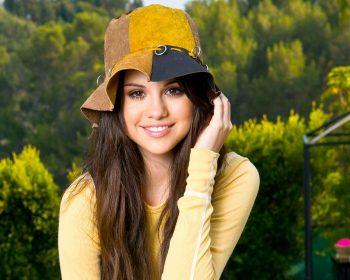 Selena Gomez Jungle HD Wallpaper For Free